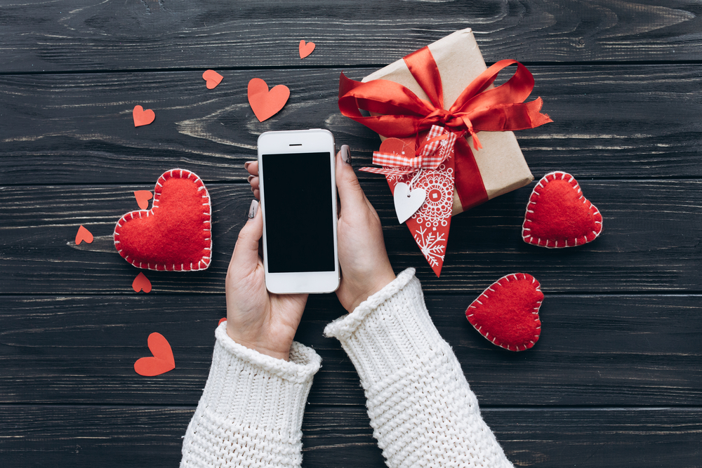 Engage your audience for Valentine's Day using mass SMS